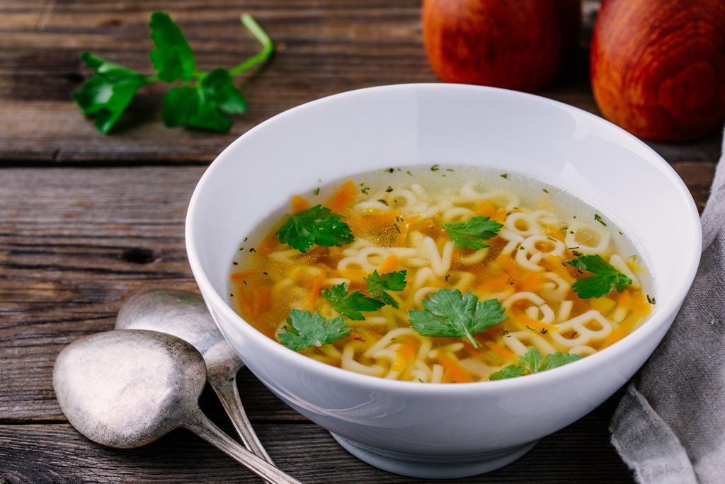 Masz grypę? Jaka dieta najlepiej wzmocni odporność organizmu podczas choroby?