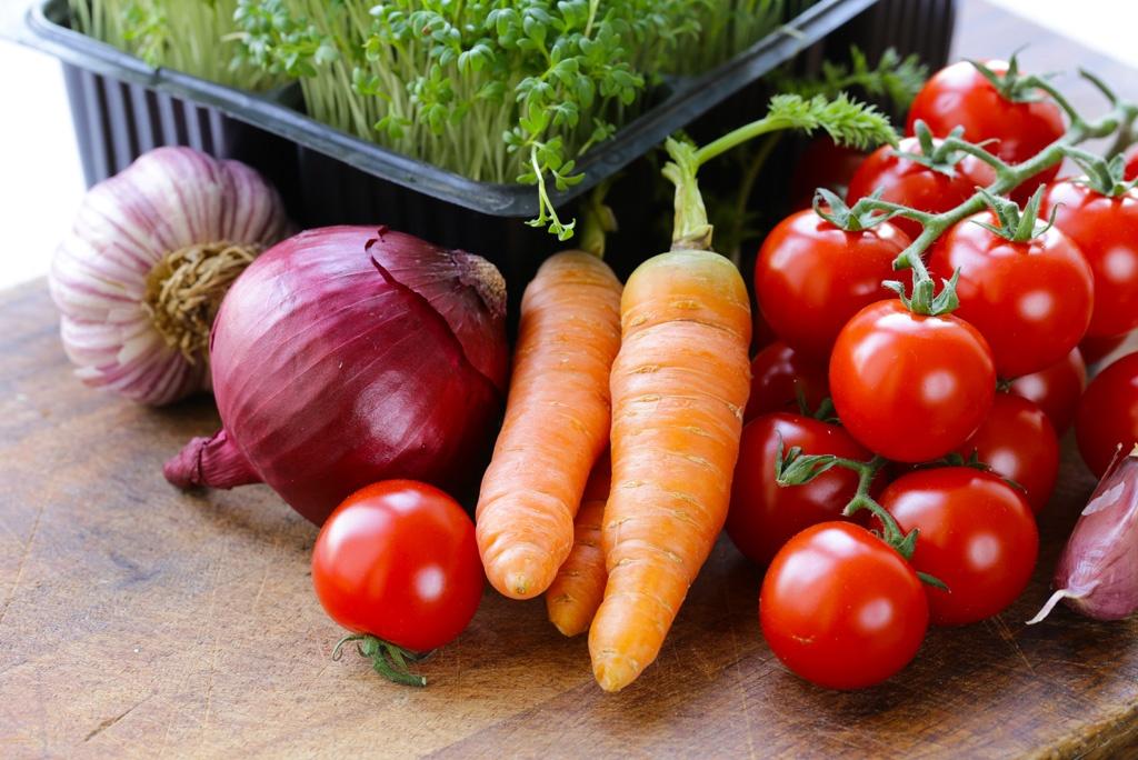 Hormony głodu i sytości - jak dieta wpływa na ich poziom