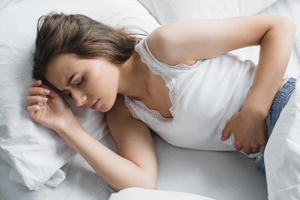 Uczucie pełności w brzuchu, biegunki, zmieniony rytm wypróżnień? Nie bagatelizuj tego!